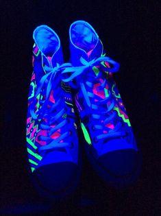 Neon Custom Converse Glow in the Dark Chucks Hi Top Sneakers Custom Converse d610a4881211