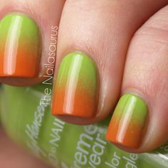Gradient nail art (reminds me of a Granny Smith apple). #thenailasaurus