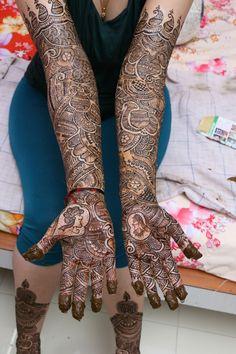 Mehndi Designs Bridal Hands, Mehndi Designs 2018, Mehndi Designs For Girls, Wedding Mehndi Designs, Mehndi Design Images, Henna Mehndi, Mehendi, Hand Henna, Simple Saree Designs