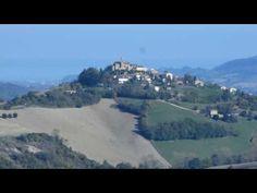 Napulecantanno con i 'Lazzari Felici' a Monterinaldo il 25 Giugno  (mano...