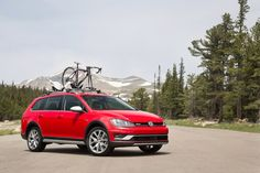 5 Things You Need to Know About the 2017 Volkswagen Golf Alltrack  -  2017 Volkswagen Golf Alltrack   Volkswagen