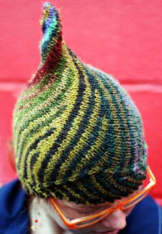 How cool! Knit with short rows. FREE pattern