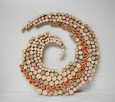 wanddekoration selber machen naturholz scheiben spirale