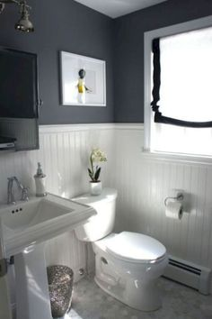 32 Cool Small Farmhouse Bathroom Remodel Design Ideas