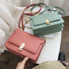 Designer Handbags Coach Fashion Designers – Purses And Handbags Totes Popular Handbags, Cute Handbags, Kate Spade Handbags, Handbags Online, Handbags Michael Kors, Purses And Handbags, Leather Handbags, Coach Handbags, Cheap Handbags