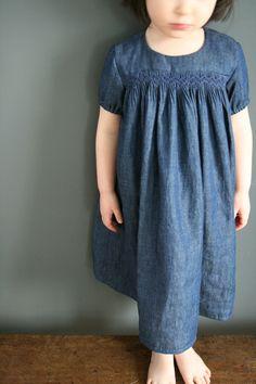 Robe jean souple-coudre au présent- smocks