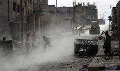 طيران التحالف الدولي يُصرّح أنَّه شن عدة…: قتل ثمانية مواطنين سوريين وأصيب وفقد عدد آخر في قصف صاروخي مكثف على أوتايا في غوطة دمشق الشرقية,…