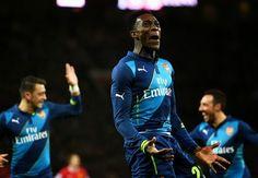 Hasil Liga Inggris - Manchester United 1-2 Arsenal - Arsenal sukses menjaga potensi untuk mempertahankan gelar juara Piala FA usai lolos...