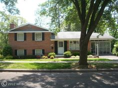 Large home in New Carrollton, #Maryland