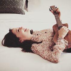 Natalia Lafourcade// UKULELE!!!!!