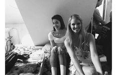 Egynyári kaland 3. évad Selfie, Mirror, Mirrors, Selfies
