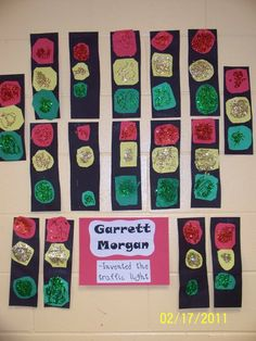 Construction paper and glitter traffic lights: Very easy!
