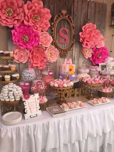 Love these paper flowers at a floral baby shower party! See more party planning… Floral Baby Shower, Bridal Shower, Birthday Party Decorations, Birthday Parties, Theme Parties, Happy Birthday, Baby Shower Buffet, Baby Shower Checklist, Baby Shower Photos