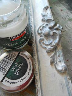 Kopottas hatást nem csak csiszolópapírral érhetünk el. A bemutatásra kerülő technika jó választás azoknak, akik érzékenyek a porra,... Tuscan Style, Baking Ingredients, Cookie Dough, Techno, Decoupage, Diy And Crafts, Wax, Vintage, Crafting