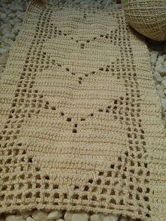 New crochet heart doily yarns Ideas Crochet Blanket Edging, Crochet For Beginners Blanket, Filet Crochet, Crochet Home, Crochet Crafts, Crochet Baby, Crochet Projects, Hand Crochet, Crochet Mandala