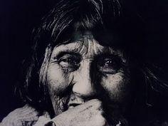 Lola Kiepja en 1966, año de su muerte. Anne Chapman. Pueblo aborigen de la Isla Grande de Tierra del Fuego
