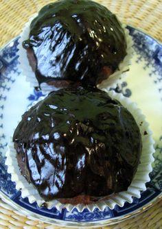 jaśmina w kuchni, czyli poszukiwanie siebie przez gotowanie: czekoladowe muffiny bananowe w wersji wegańskiej, bezglutenowej, bez cukru