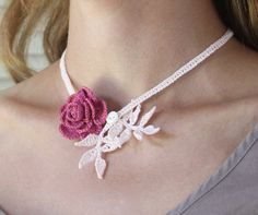 crocheted rose necklace via etsy/shop/mygiantstrawberry