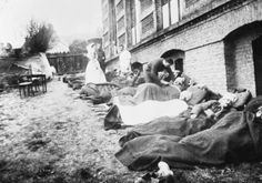 The First World War: British casualties of the gas attack on Hill 60 (near Ypres), receiving treatment at No 8 Casualty Clearing Station, Bailleul.