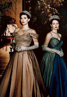 Claire Foy and Vanessa Kirby in The Crown Vanessa Kirby The Crown, The Crown 2016, Prince Suit, The Crown Series, Crown Netflix, Crown Aesthetic, Hollywood Costume, Helena Bonham Carter, Princess Margaret
