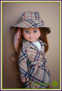 Las Nancys de Imanara: A pasear bajo la lluvia de Madrid. Girl Dolls, Baby Dolls, Pram Toys, Nancy Doll, Baby Doll Clothes, Hello Dolly, Little Darlings, Couture, Vintage Dolls