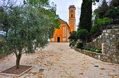 L'église Notre-Dame de l'Assomption d'Èze est une #eglise de #style #neoclassique datant du #XVIIIe siècle. L'édifice est classé #monument #historique depuis #1984.