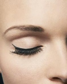 How to do awesome eyeliner!