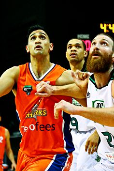 Southland Sharks' Tai Wesley in the game against Manawatu Jets at Stadium Southland. Shark S, Jets, Game, Sports, Hs Sports, Sport, Gaming, Games