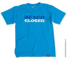 Beach Closed #tshirt #typo #surf #surfboard #beach #shark