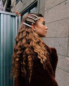 All the hair hair trends Hair Day, My Hair, Hair Inspo, Hair Inspiration, Curly Hair Styles, Natural Hair Styles, Hair Clip Styles, Natural Hair Accessories, Cornrows