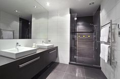 trendsideas.com: architecture, kitchen and bathroom design: Tone on tone licorice linea