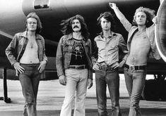 Led Zeppelin On Tour Poster - Jimmy Page, Robert Plant, John Paul Jones, John Bonham - Music Posters. John Paul Jones, John Bonham, Robert Plant, Led Zeppelin Poster, Led Zeppelin Wallpaper, Rock And Roll, Ozzy Osbourne, Blues, Classic Rock