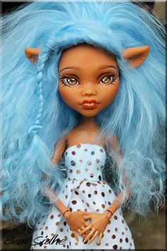 Monster High custom by BansBoutique on Etsy.