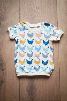 T-shirts – Hens / T-shirt – a unique product by NADOMA-A-NAVEN on DaWanda