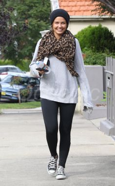 Lara Bingle does casual so well -for more inspiration visit www.bellamumma.com