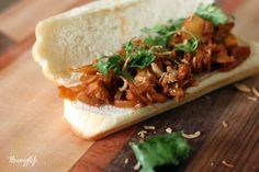 """Vegan pulled """"pork"""" sandwiches - definitely going to be trying"""