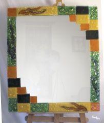 Espejo vidrio fundido, fusing Mirror Mosaic, Mosaic Art, Mosaic Tiles, Fused Glass Art, Stained Glass, Glass Backsplash Kitchen, Glass Picture Frames, Diy Frame, Tiffany