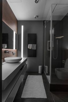 Grey Bathroom Ideas: 25 Stylish Inspirations for a Minimalist Home Grey Bathroom Ideas: 25 Stylish Inspirations for a Minimalist HomeColor is always the most important part of a room's decor which has a hug Bathroom Feature Wall, Bathroom Sink Decor, Bathroom Layout, Modern Bathroom Design, Bathroom Interior Design, Bathroom Ideas, Bathroom Organization, Master Bathroom, Interior Ideas