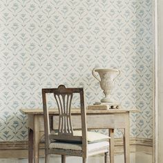 Zoffany - Luxury Fabric and Wallpaper Design   Products   British/UK Fabric and Wallpapers   Sophia (ZGUV06007)   Gustavus Wallpapers