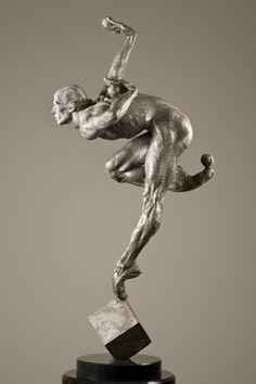 undervogue: Richard Mcdonald Sculptures