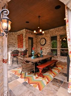 PHOTOS: 10 Fabulous Outdoor Dining Rooms 2019 Southwest Decor Design Ideas Pictures Remodel and Decor The post PHOTOS: 10 Fabulous Outdoor Dining Rooms 2019 appeared first on Patio Diy. Southwestern Home, Southwest Decor, Southwestern Decorating, Tuscan Decorating, Decorating Ideas, Southwest Style, Southwestern Outdoor Decor, Decor Ideas, Porch Decorating