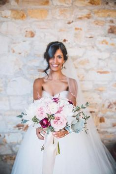 love the subtle pinks and pop of pink for bride bouquet