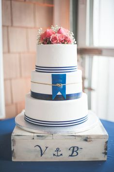The Perfect Nautical Wedding Cake!  | Shannon Moffit Photography | Classic and Elegant Navy Blue and Coral Nautical Wedding