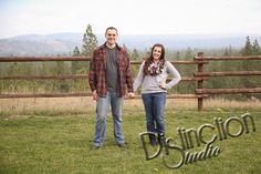 Spokane Fall Engagement Session by Distinction Studio Spokane based photographer and photography Engagement session, engagement photo ideas #DistinctionStudio #TheRidgeAtRivermere Photographs taken at The Ridge at Rivermere