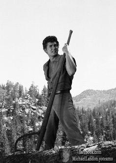 Michael Landon como Little Joe en el episodio The quest. Mas fotos encontralas en Bonanza episodios