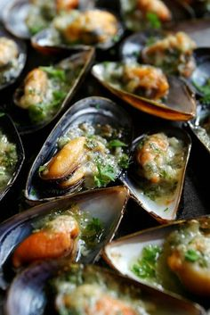Yum.  Mussels in a reduction of white wine, garlic, shallots, butter and white pepper. ~~ Houston Foodlovers Book Club