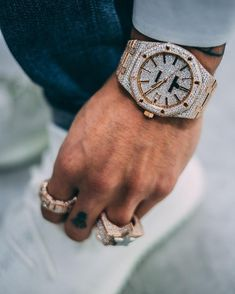 Hip Hop Jewelry, Custom Bubble Letters, Iced Out Jewelry, Gold Grillz Elegant Watches, Beautiful Watches, Audemars Piguet, Silver Pocket Watch, Swiss Army Watches, Expensive Watches, Luxury Watches For Men, Diamond Watches For Men, Seiko Watches