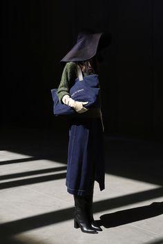 Moisés Nieto #AW21 #MoisésNieto #MBFWMadrid #Fashion #Spain Madrid, Fashion Show, Fashion Looks, Cool Style, Ready To Wear, Fall Winter, Normcore, Vogue, Hipster