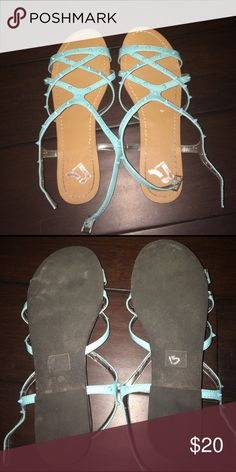 Shop Women's Report size Sandals at a discounted price at Poshmark. Only worn twice. The white dot is part of the sticker that didn't come off. Shoes Sandals, Shop My, Sticker, Dots, Womens Fashion, Closet, Things To Sell, Style, Stitches