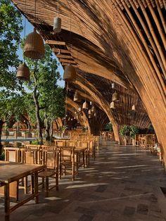 Vo Trong Nghia:越南,河内,河内市郊的湖边竹屋餐厅-日新建筑